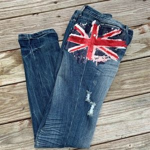 Almost Famous Straight Leg Skinny Jean 11/12